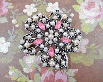 Vintage Silver Tone Pink Rhinestone Faux Pearl Flower Brooch Pin