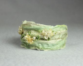 Mori Girl Fiber Art Bracelet, made of silkpaper with 3D embroidery, light green and ecru, natural jewelry, Wedding