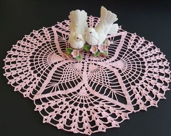 Crochet Oval pineapple doily, crochet doily, table topper, crochet table topper, home decor, handmade, weddings, doilies, wedding