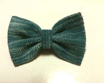 Baby hair bow,velvet,small bow,light blue,aqua,striped,mini bow,vintage,hair barrette,little,cute,hair accessories,hair clip,girls,fashion