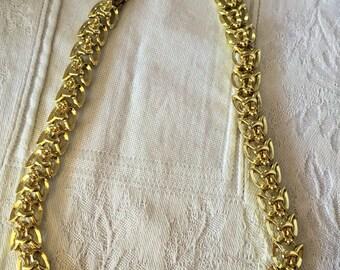 LERU gold tone chain