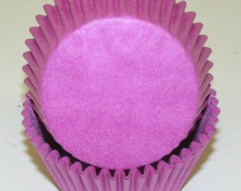Orchid Cupcake Liners - 50 Count *FREE SHIPPING*