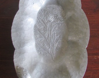 Hand Wrought Aluminum Serving Decor Tray Trade Continental Mark with Flower