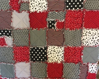 Red and black rag quilt/ Red and black blanket/