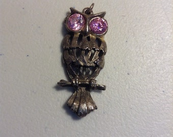 Owl pendant silver tone with pink stone eyes