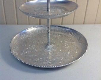 Aluminum 2 tier dessert dish