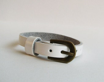 White leather bracelet watch - nice quality - white strap band