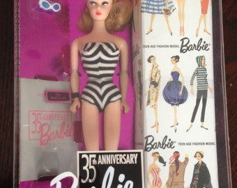 Barbie 35th Anniversary Blonde 1993 Reproduction