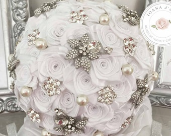 Beautiful white bridal brooch bouquet, satin roses, silver brooches and pearls, custom bridal brooch bouquet