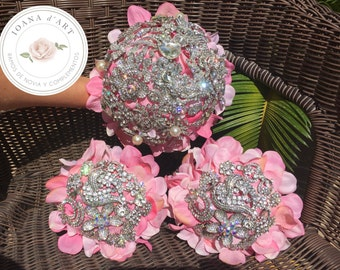 Precious bridal pink brooch bouquet, pastel pink hydrangea with beautiful lace and tulle, crystals brooch bouquet