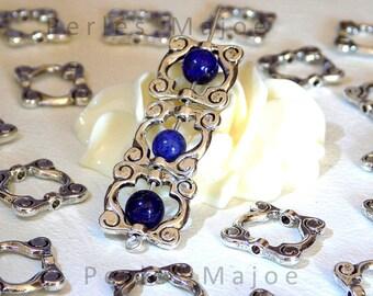 Lot de 10 cadres en métal pour perles décorés de couleur argent antique dimensions : 14 X 14 MM