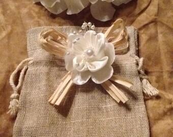 Rustic style wedding gift bags