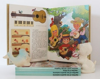 Vintage Childrens Book. French Books. Petit Tom Et Les Instruments De Musique. Alain Grée. Color Illustrations. Nursery Decor. Gift For Kids