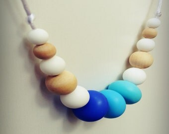 Free Shipping - Malaga /Silicone Necklace/Modern/Silicone Beads/Mom/Mothers Day/Baby Shower/Gift/Nursing/Necklaces/Stylish/TuggaLuxe