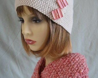 Cloche hat in ecru with vintage buttons