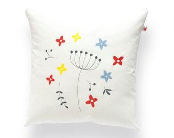 Embroidered cushion Prairie