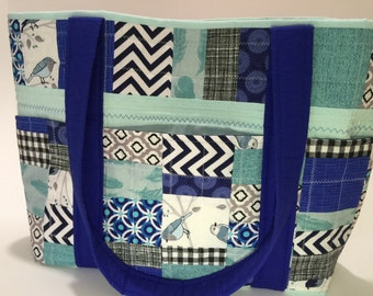 Big quilted 5 outer pocket Tote bag