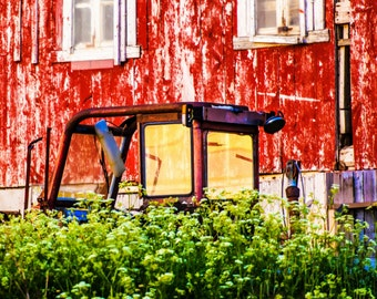 Tractor in Norwegian midnight sun