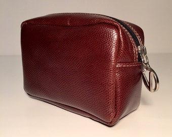 cosmetic bag in dark brown leather