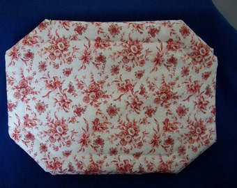 Set of 4 Red Flowered Placemats