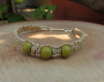 Natural Hemp Bracelet with Green Wooden Beads