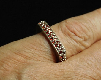 Vintage Sterling Silver Red CZ Square Ring ( Size 6 )