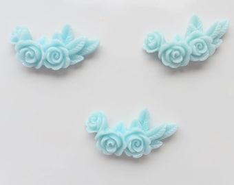 Pale Blue Floral cabochon x 3, Blue Floral Garland cabochon, Blue flower Cabochon