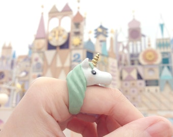 Unicorn ring in green