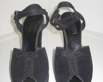 1940's Platform shoes / Vintage 1940's Peep Toes / 1940's Heels