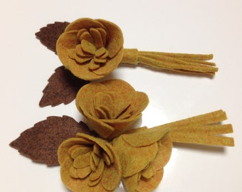 Corsage Yellow brown Brooch made in Japan