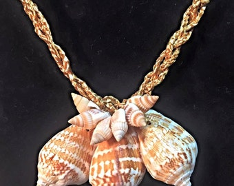 Tahitian inspired shell necklace