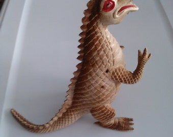 1983 Imperial plastics dragon figure (missing wings)
