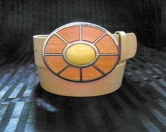 Women's Italian Leather Belt * Vintage 70s * Wood Inlaid Buckle * Size: M/ 33-37