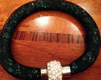 Emerald Green Stardust Crystals Mesh Magnet Wrap Bracelet