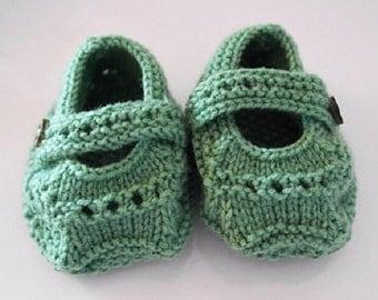 Baby Booties knitting pattern. PDF digital download, Baby shoes, Knitting pattern, Instant download, Baby pattern, Baby shoes, Quick knits