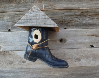 boot birdhouse