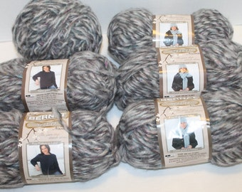 6 Skeins Bernat Solo Yarn - Light & Dark Gray Mist