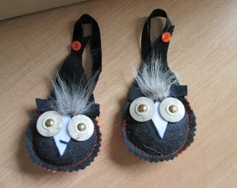 Twin Owls decoration