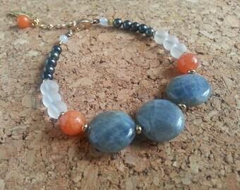 Strap stacking stones and glass/Labradorite/Jade/Quartz/charm pen/Orange/Gray/White/Stacking Feather-Gemstone-bracelet charm