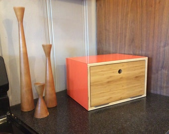 MID CENTURY BREADBOX