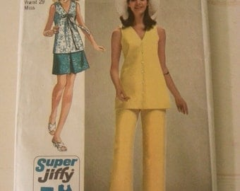 Vintage sewing pattern, 1970's sewing pattern, sewing pattern,simplicity pattern 8830. A6