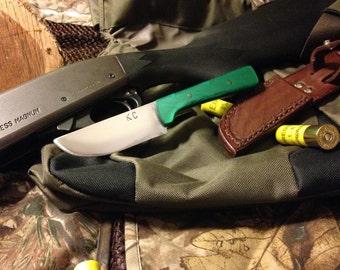 Skinning / Hunting Knife w/Leather Sheath