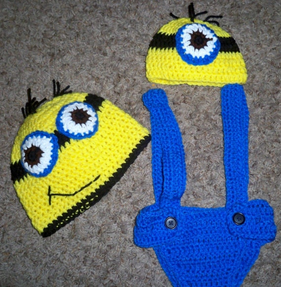 Free Crochet Pattern Minion Overalls : Crochet minion inspired hat and diaper cover with overall