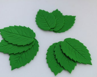 SMALL, MEDIUM, LARGE Sugar/Edible leaves, set of 9. Cakes/Cake Toppers. Roses.