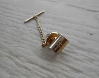 Vintage Gold Pin. 1980's.