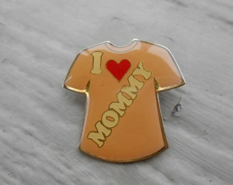 Vintage I Heart Mommy Pin. 1980's.