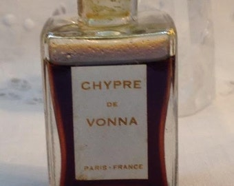 Vonna, Chypre, 1 oz. Flacon, 1920, Pure Perfume, Paris, France ..
