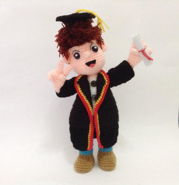PATTERN - The Graduation doll - Crochet Pattern, pdf