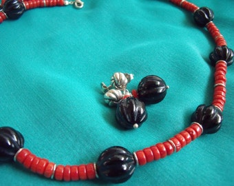 "Ocean Treasures - Red Coral and Black Onyx Necklace(16"") an Earrings /w Sterling Silver Clasps"