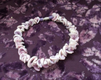 1960s 'Mauves' Purpley Shells Bracelet with Old-Screw Clasp
